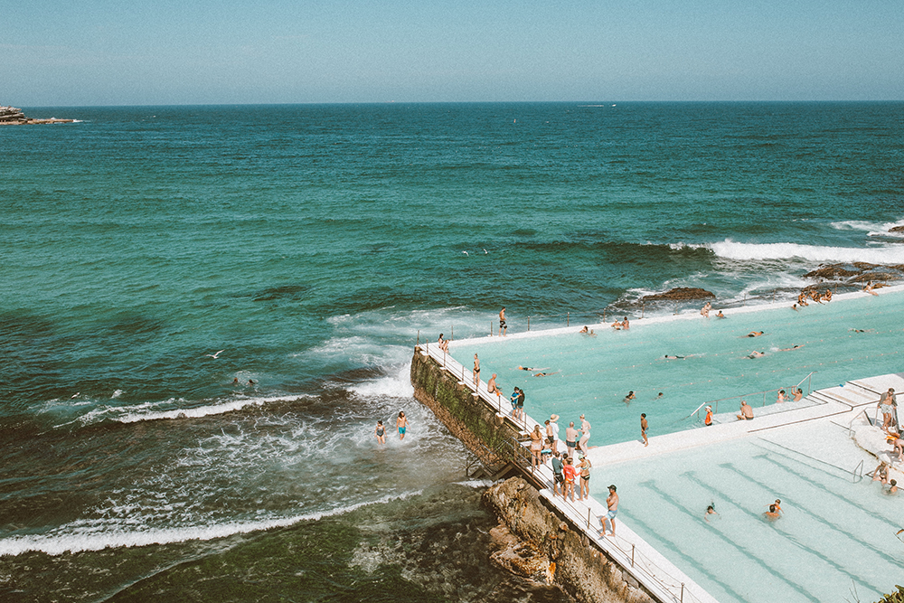 livvyland-blog-olivia-watson-austin-texas-fashion-travel-lifestyle-blogger-sydney-melbourne-australia-bondi-beach-iceburg-iceberg-pool-view