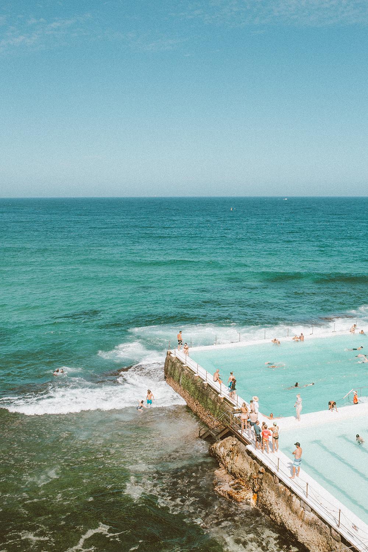 livvyland-blog-olivia-watson-austin-texas-fashion-travel-lifestyle-blogger-sydney-melbourne-australia-bondi-icebergs-pool