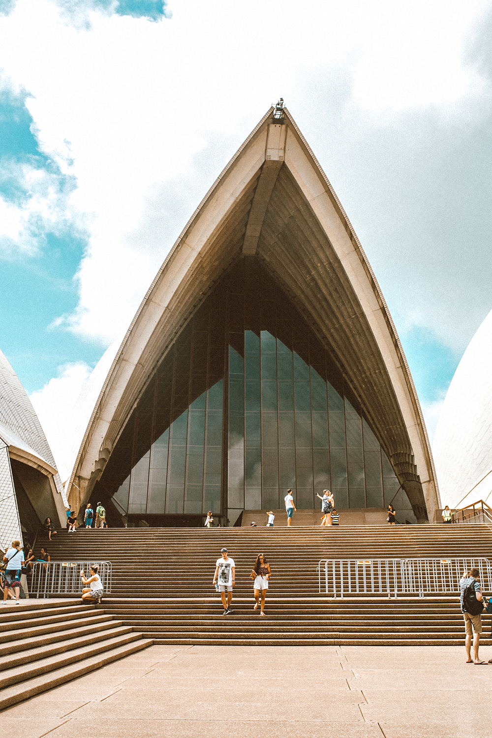 livvyland-blog-olivia-watson-austin-texas-fashion-travel-lifestyle-blogger-sydney-melbourne-australia-opera-house-2