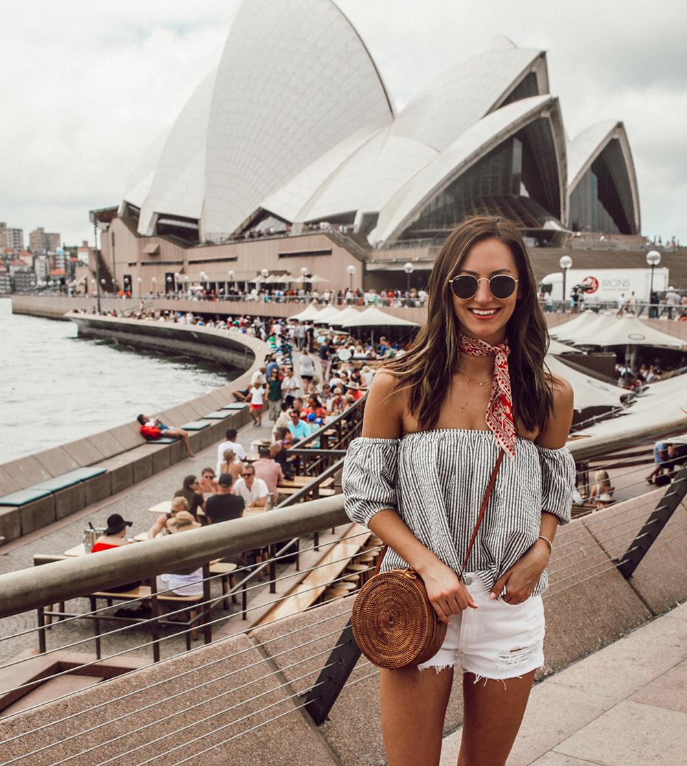 livvyland-blog-olivia-watson-austin-texas-fashion-travel-lifestyle-blogger-sydney-melbourne-australia-opera-house-tularosa-top-madewell-neck-scarf