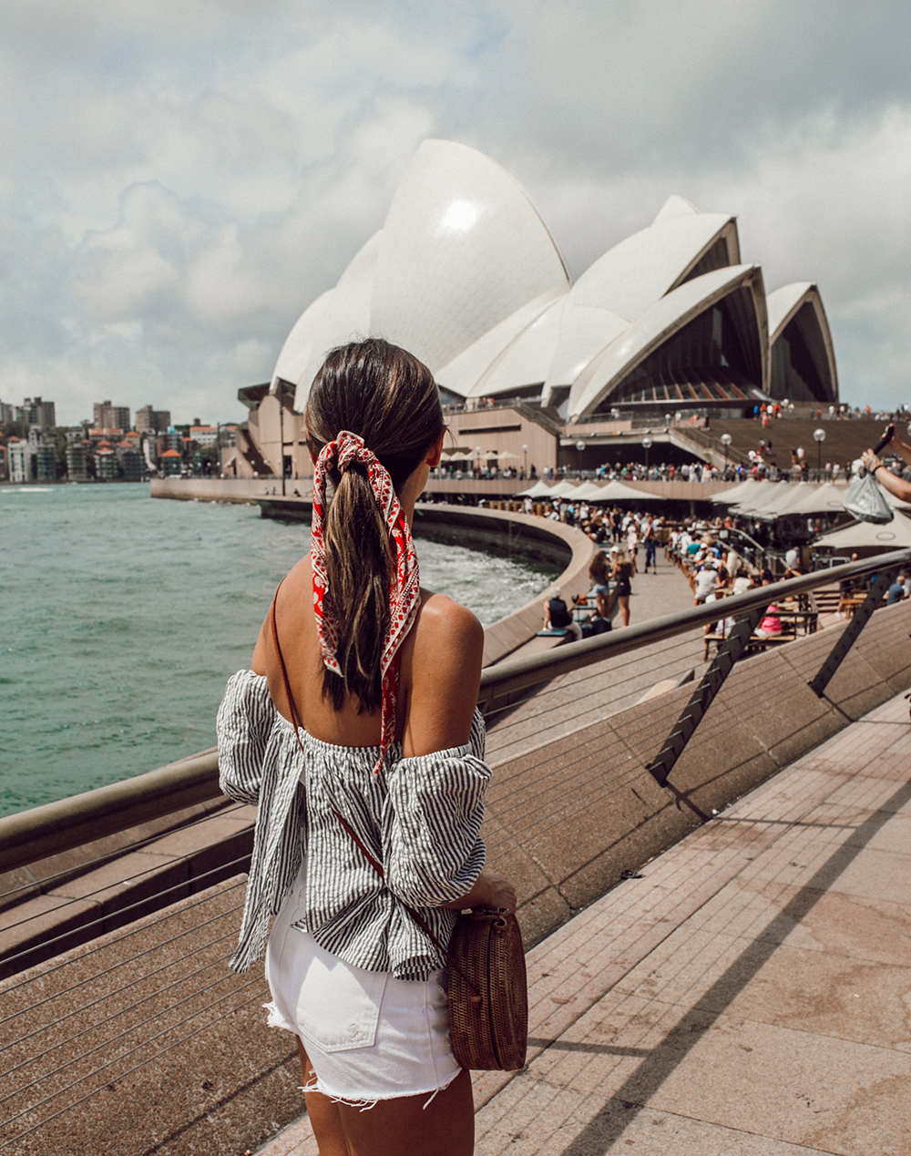 livvyland-blog-olivia-watson-austin-texas-fashion-travel-lifestyle-blogger-sydney-melbourne-australia-opera-house-view