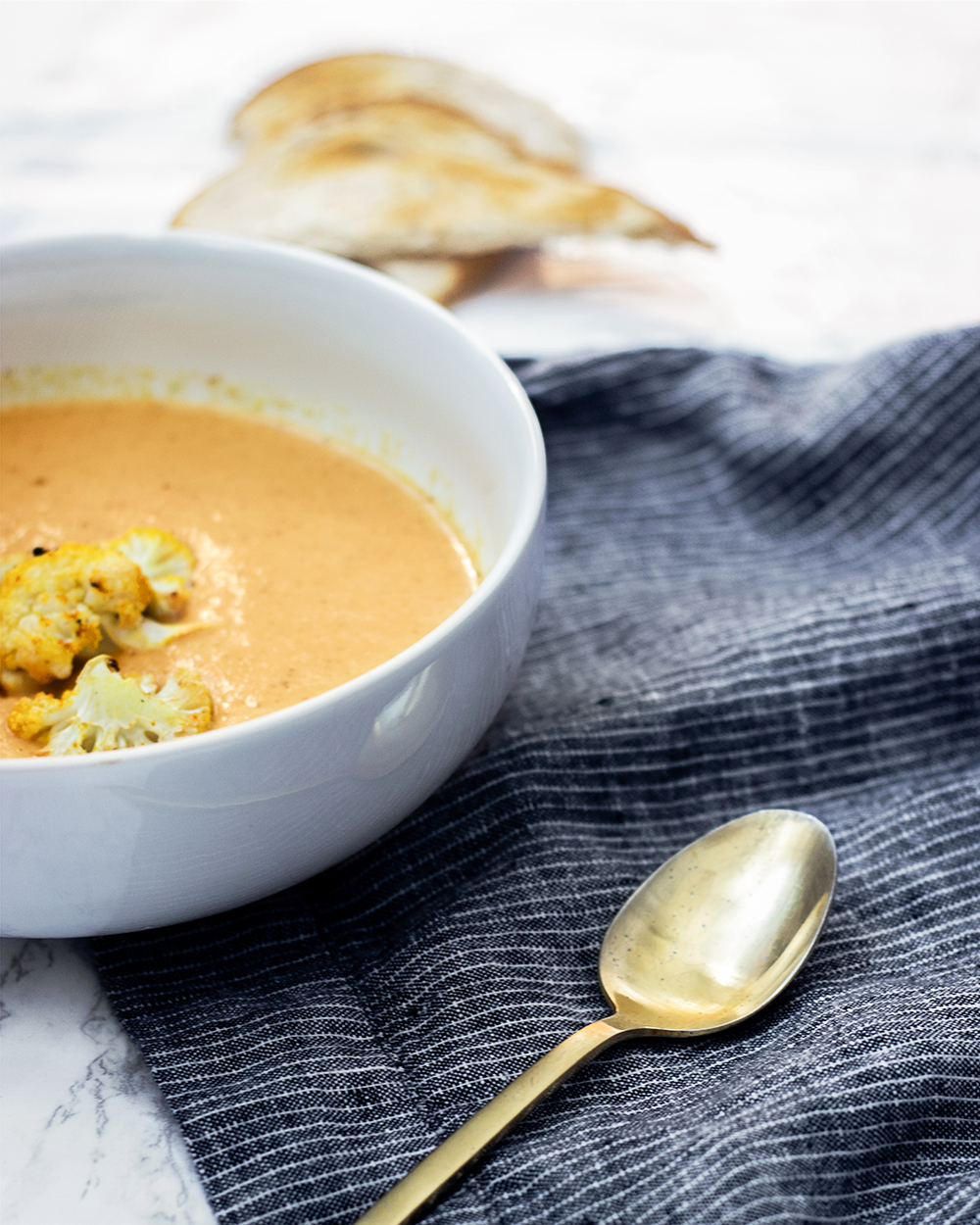 livvyland-blog-olivia-watson-curry-cauliflower-soup-recipe-cold-weather-healthy-dinner-idea-jessica-lee-2