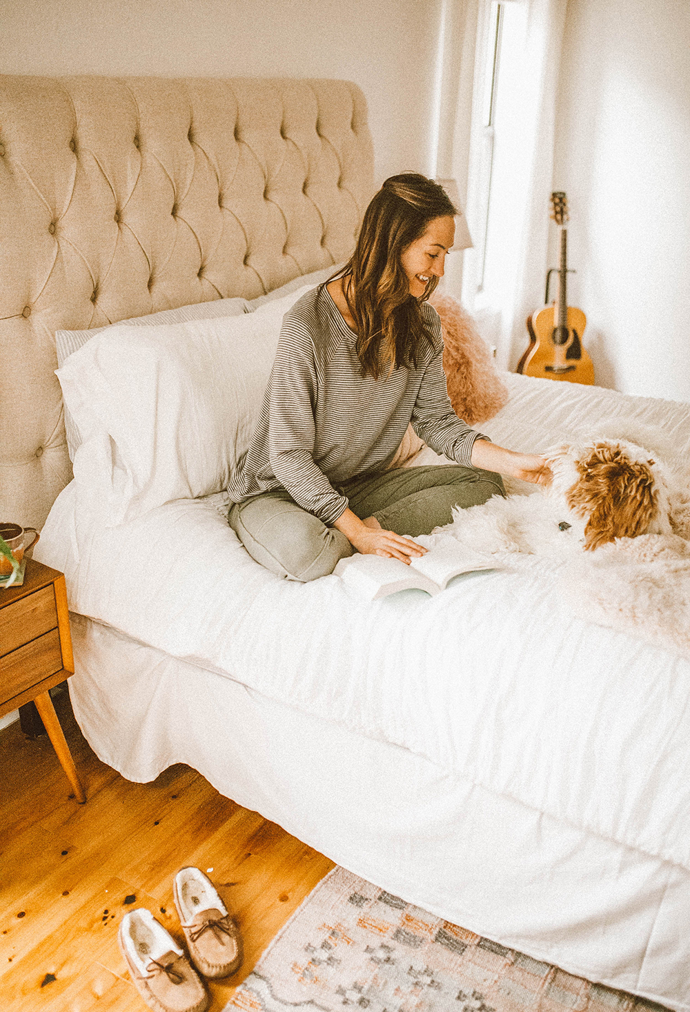 livvyland-blog-olivia-watson-lou-and-grey-best-loungewear-cozy-joggers-stripe-sweatshirt-coffee-bed-bedroom-6