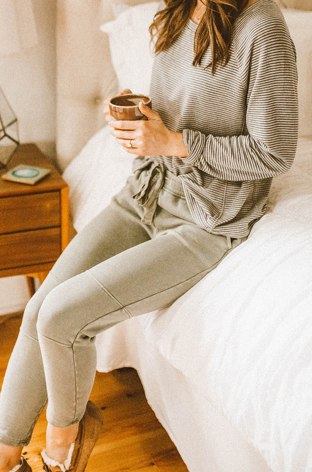 livvyland-blog-olivia-watson-lou-and-grey-best-loungewear-cozy-joggers-stripe-sweatshirt-coffee-bed-bedroom-9