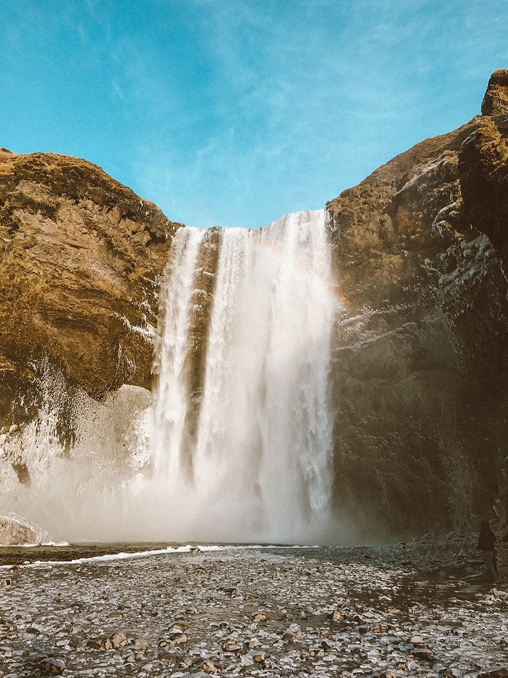 livvyland-blog-olivia-watson-travel-lifestyle-blogger-iceland-road-trip-what-to-do-pack-reykjavik-noken-travel-guide-3-Skógafoss-waterfall