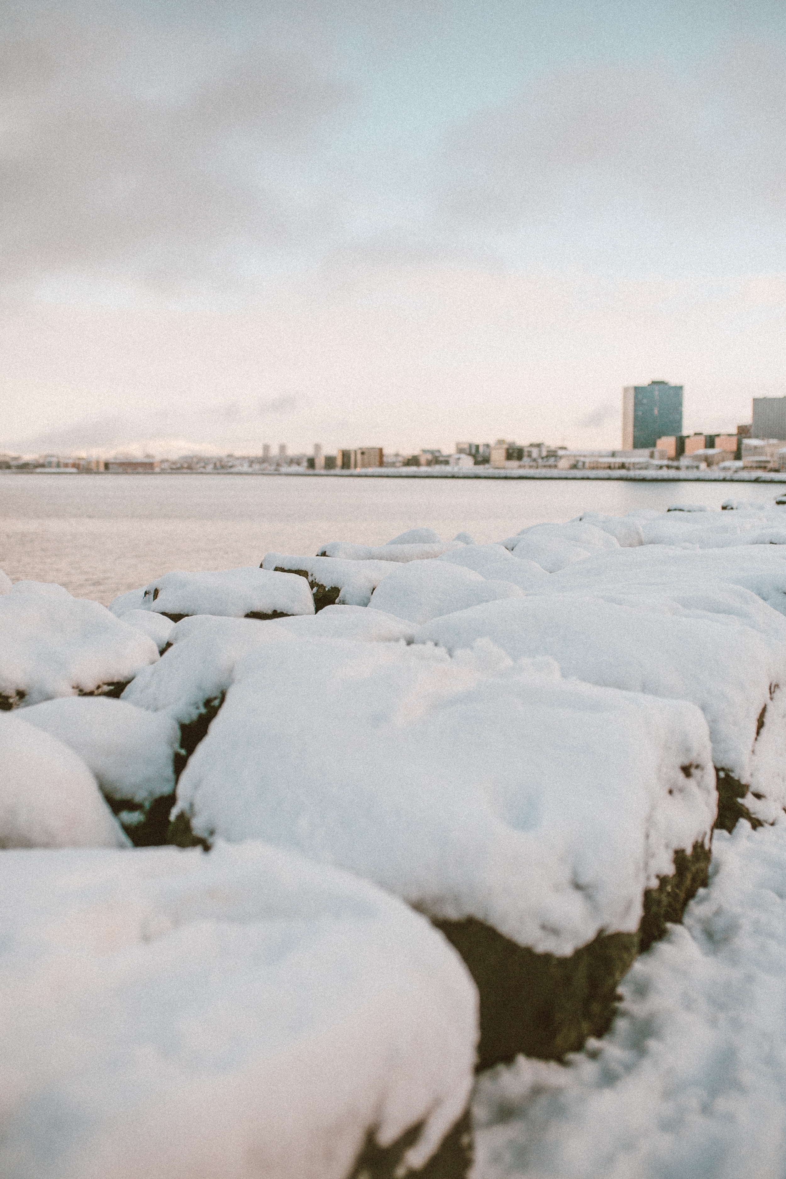 livvyland-blog-olivia-watson-travel-lifestyle-blogger-iceland-road-trip-what-to-do-pack-reykjavik-noken-travel-guide-7