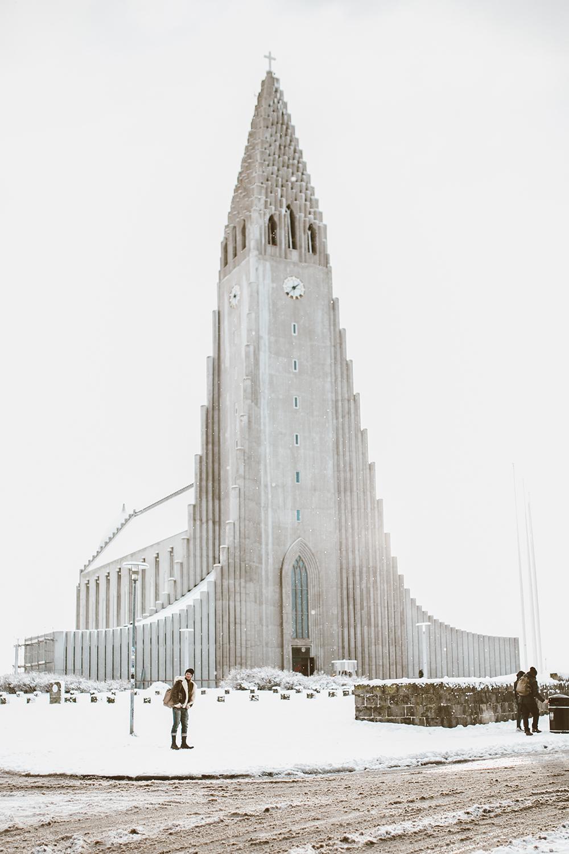 livvyland-blog-olivia-watson-travel-lifestyle-blogger-iceland-road-trip-what-to-do-pack-reykjavik-noken-travel-guide-Hallgrimskirkja-church