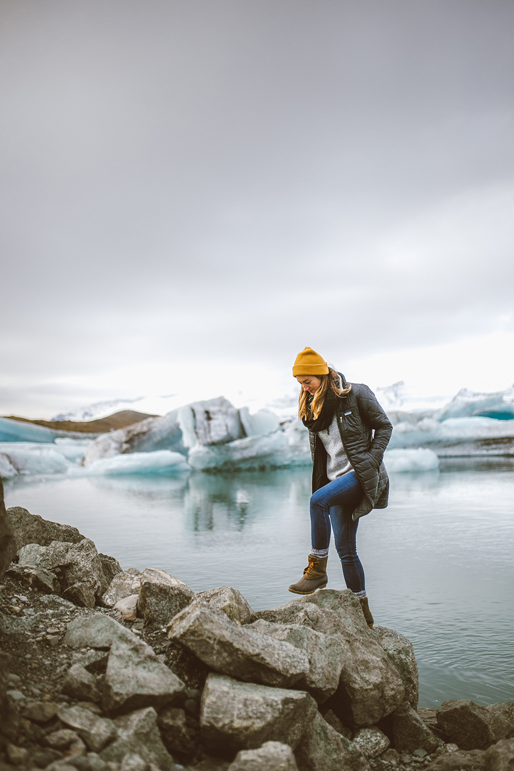 livvyland-blog-olivia-watson-travel-lifestyle-blogger-iceland-road-trip-what-to-do-pack-reykjavik-noken-travel-guide-Jökulsárlón-glacier-lake-1