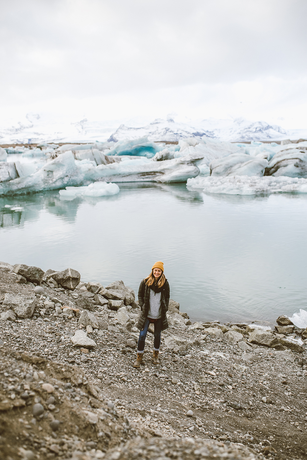 livvyland-blog-olivia-watson-travel-lifestyle-blogger-iceland-road-trip-what-to-do-pack-reykjavik-noken-travel-guide-Jökulsárlón-glacier-lake-6