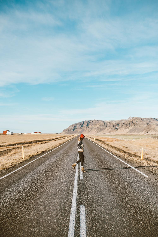 livvyland-blog-olivia-watson-travel-lifestyle-blogger-iceland-road-trip-what-to-do-pack-reykjavik-noken-travel-guide-southern-open-road-1