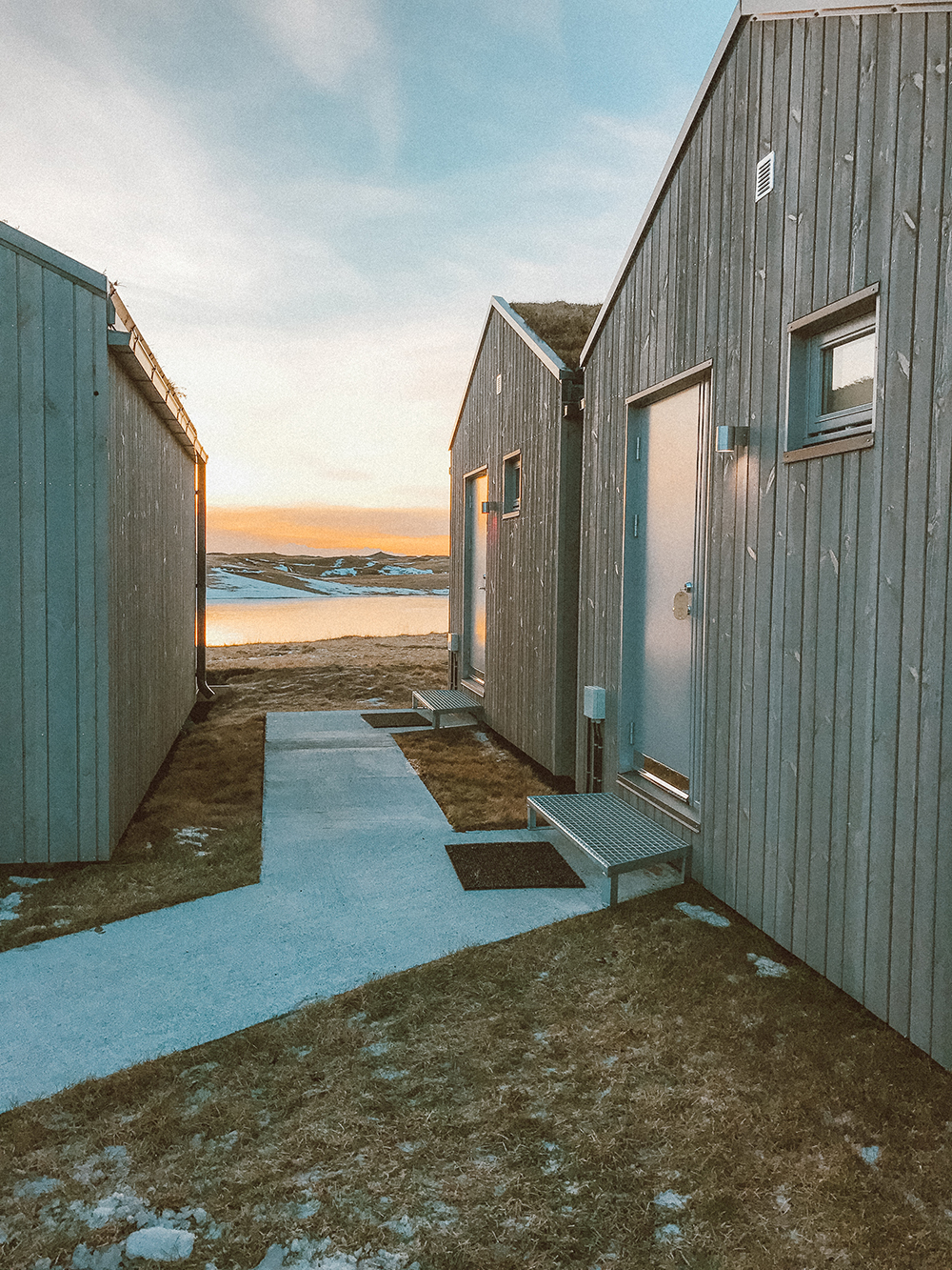 livvyland-blog-olivia-watson-travel-lifestyle-blogger-iceland-road-trip-what-to-do-pack-reykjavik-noken-travel-guide-where-to-stay-hotel