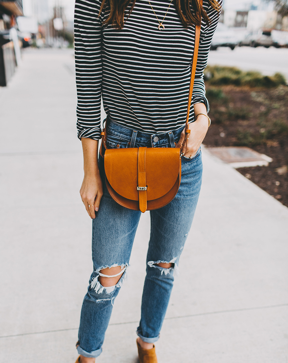 livvyland-blog-olivia-watson-austin-texas-fashion-blogger-j-crew-striped-turtleneck-outfit-idea-inspiration-10