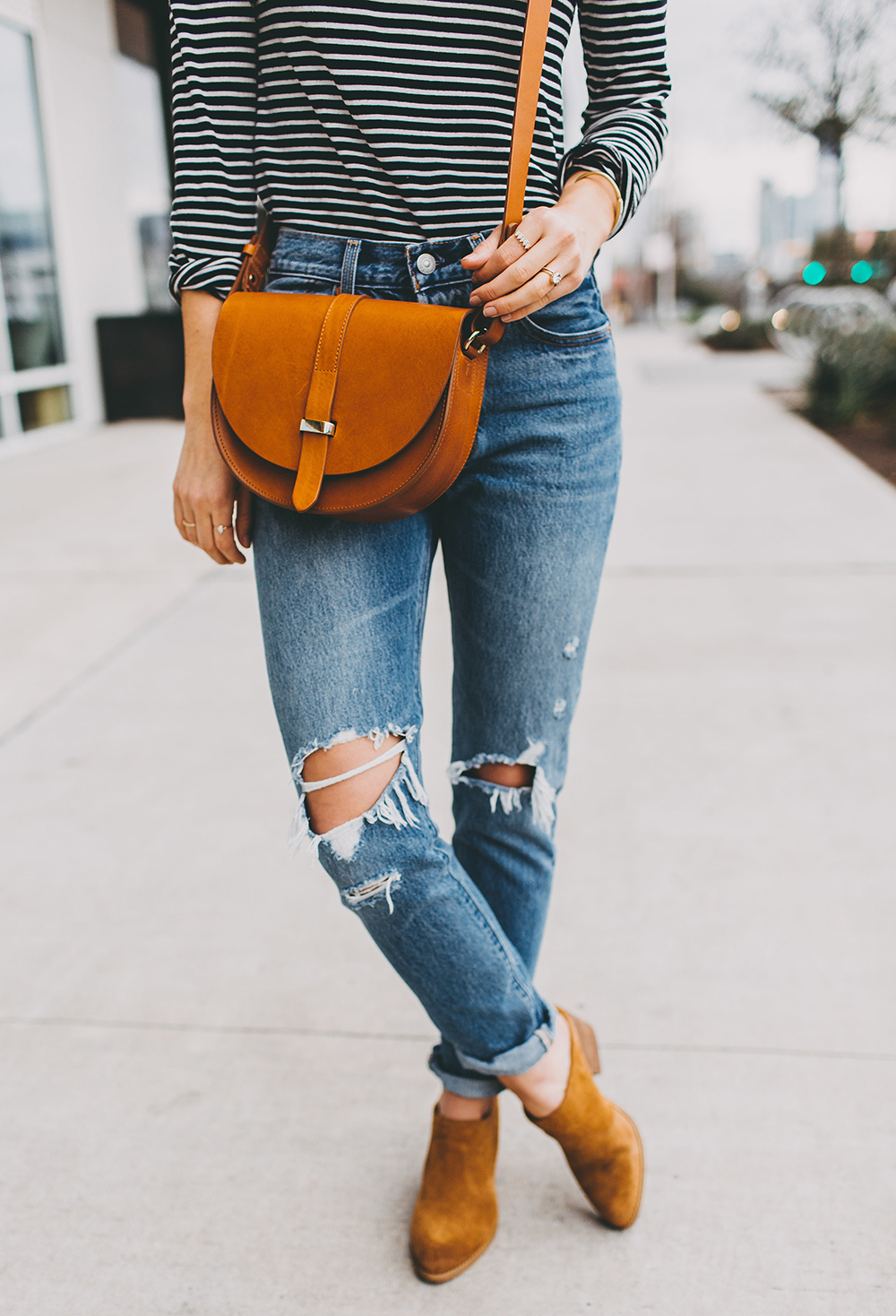 livvyland-blog-olivia-watson-austin-texas-fashion-blogger-j-crew-striped-turtleneck-outfit-idea-inspiration-sezane-handbag