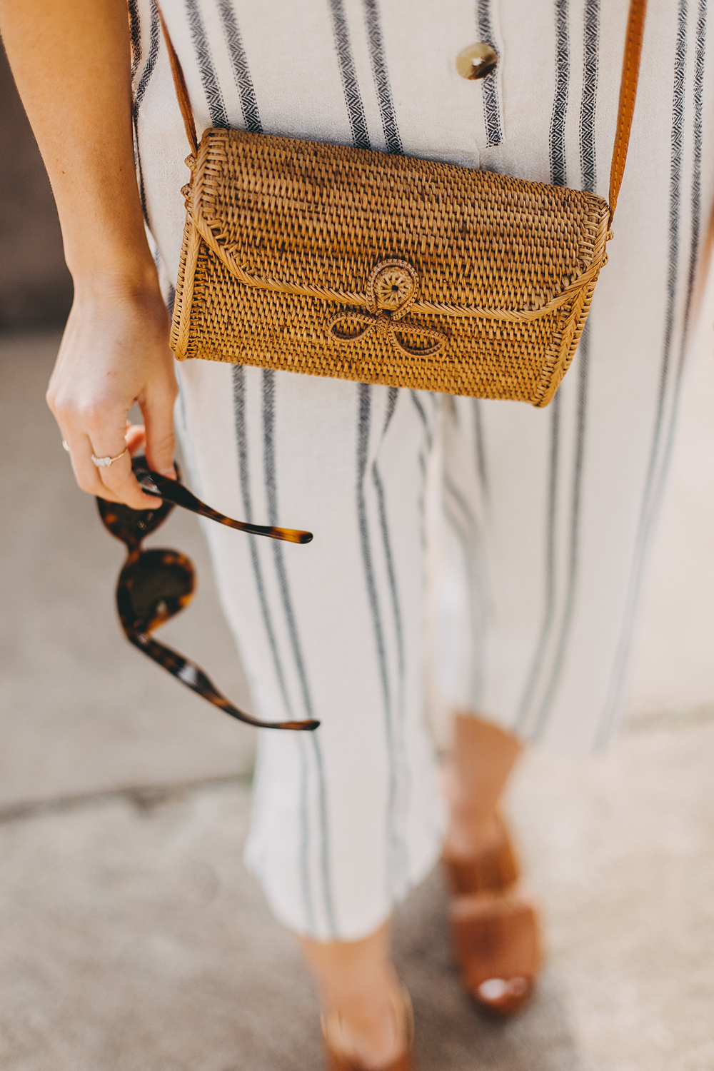 livvyland-blog-olivia-watson-austin-texas-fashion-lifestyle-style-blogger-urban-outfitters-striped-jumpsuit-outfit-rattan-handbag-3