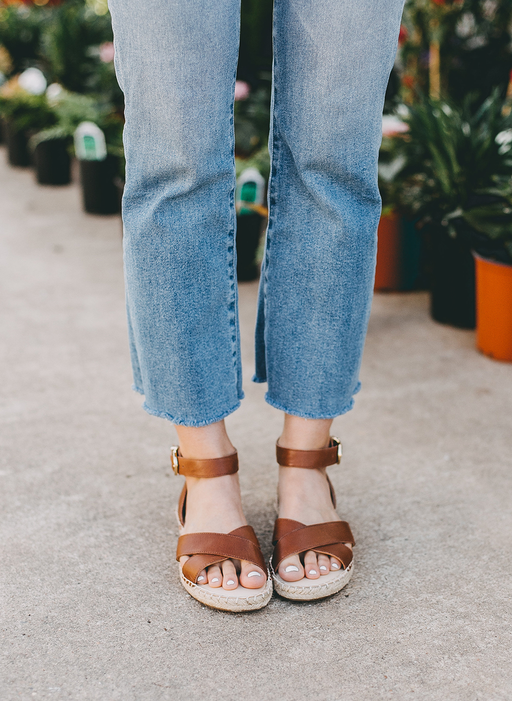 olivia-watson-austin-texas-fashion-lifestyle-blogger-plant-flower-shop-sole-society-espadrille-sandals-5