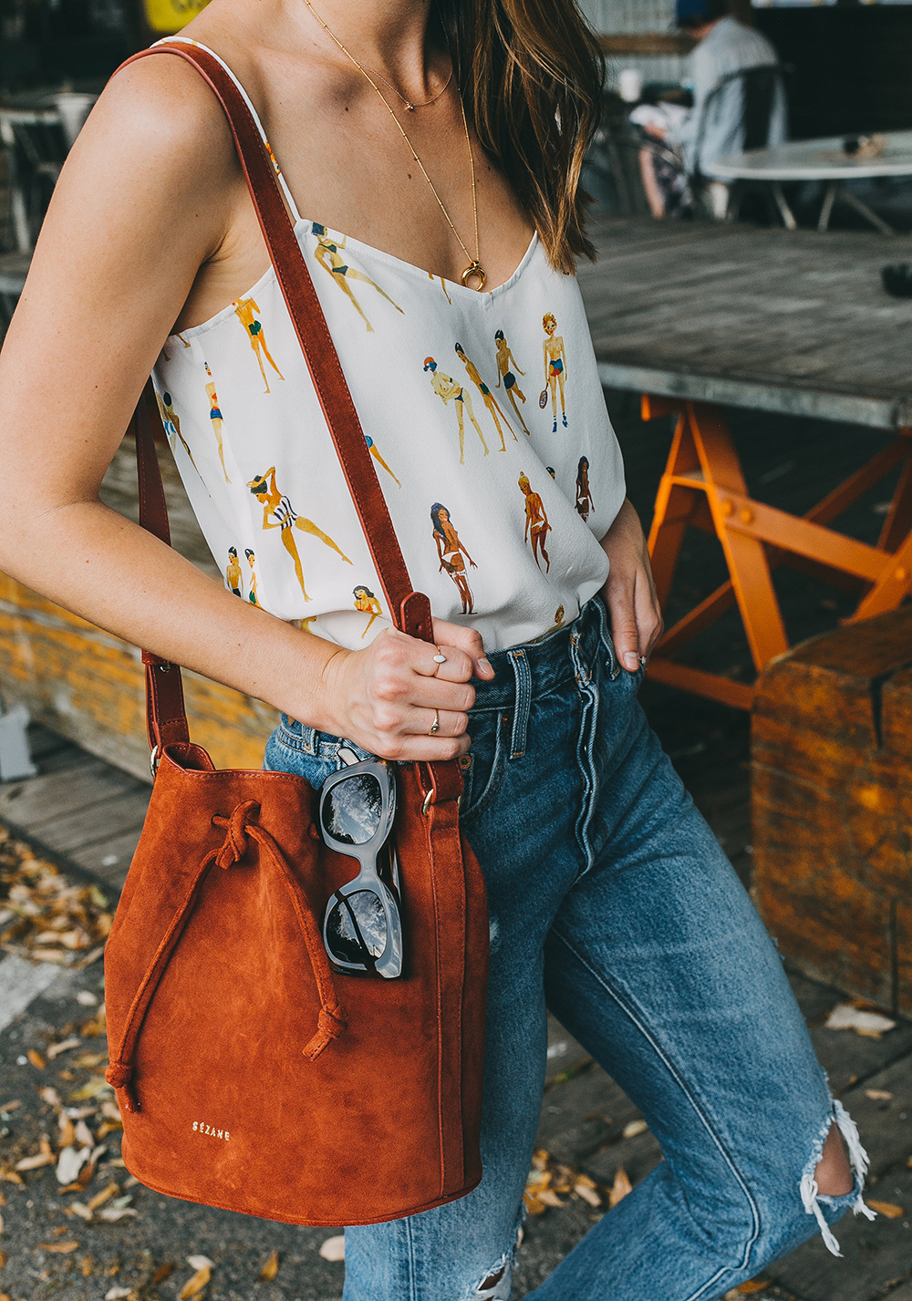livvyland-blog-olivia-watson-austin-texas-fashion-blogger-sezane-bucket-bag-rust-suede-jos-coffee-silk-satin-tank-top-10