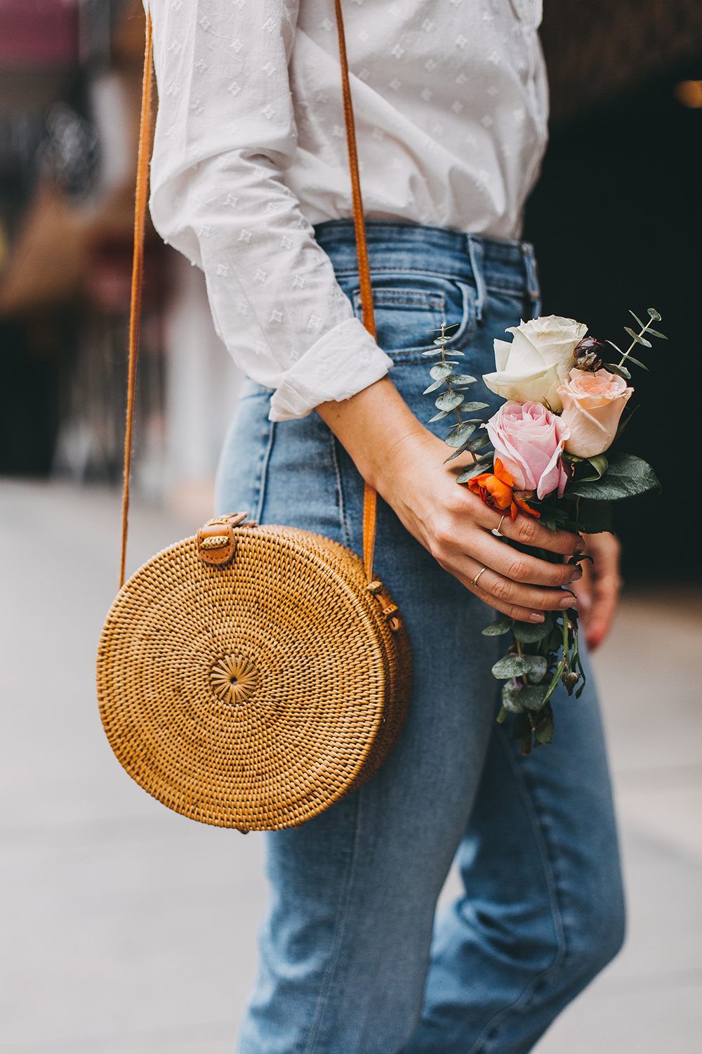 livvyland-blog-olivia-watson-austin-texas-fashion-style-blogger-sezane-white-eyelet-blouse-kick-flare-jeans-simple-spring-outfit-13