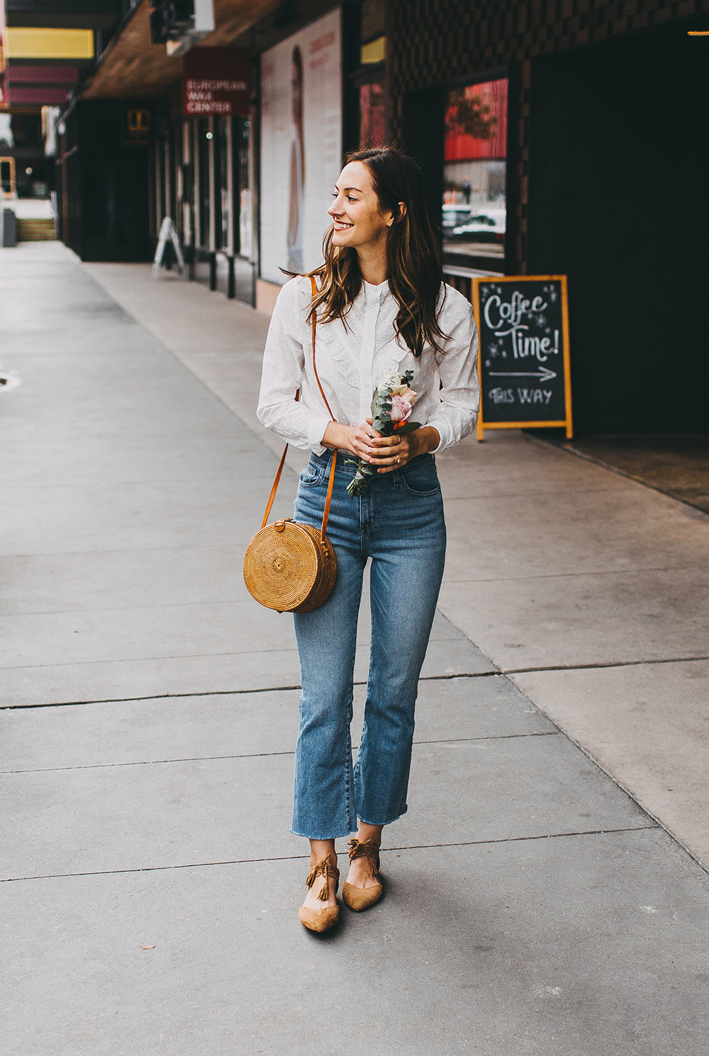 livvyland-blog-olivia-watson-austin-texas-fashion-style-blogger-sezane-white-eyelet-blouse-kick-flare-jeans-simple-spring-outfit-14