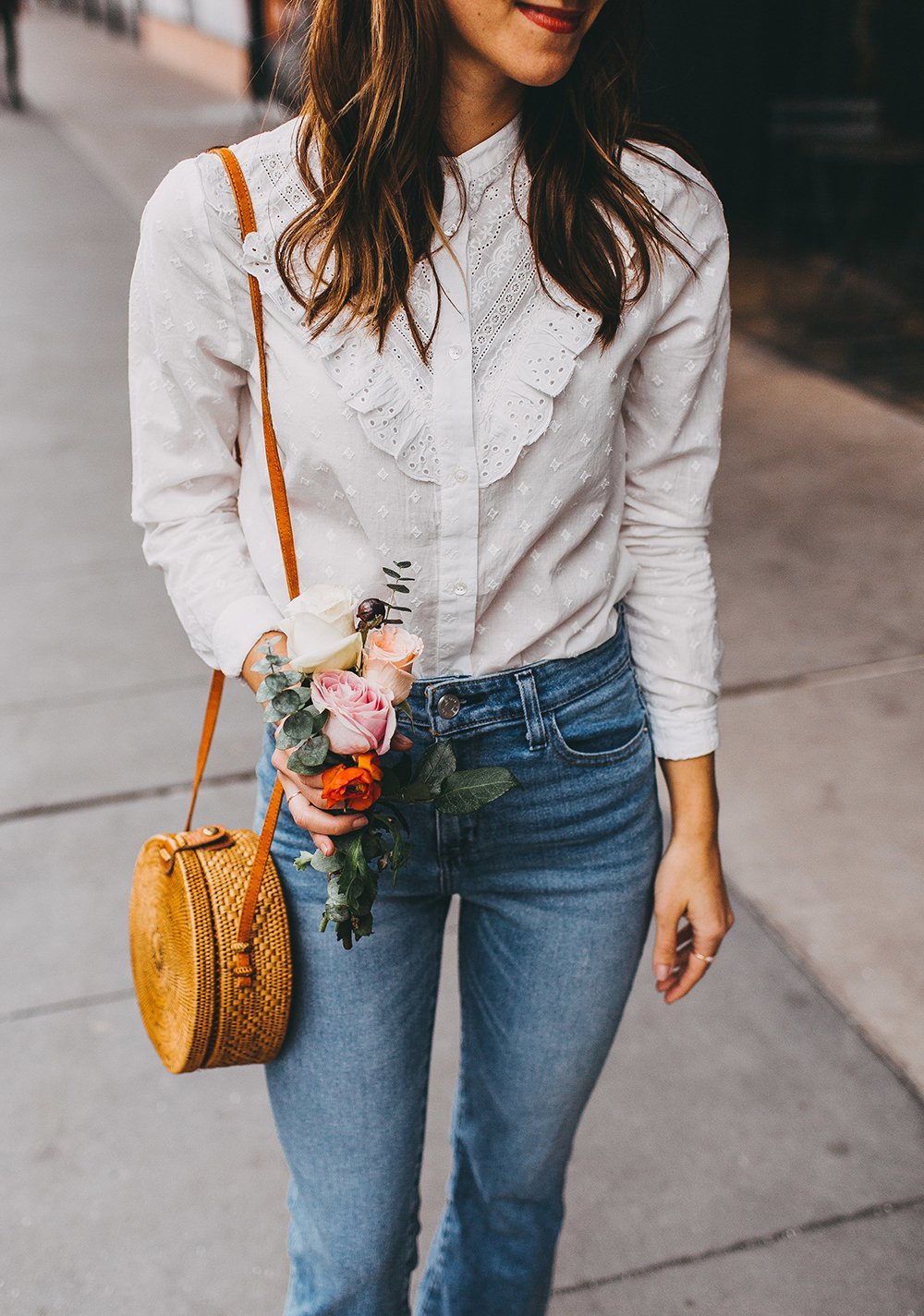livvyland-blog-olivia-watson-austin-texas-fashion-style-blogger-sezane-white-eyelet-blouse-kick-flare-jeans-simple-spring-outfit-7
