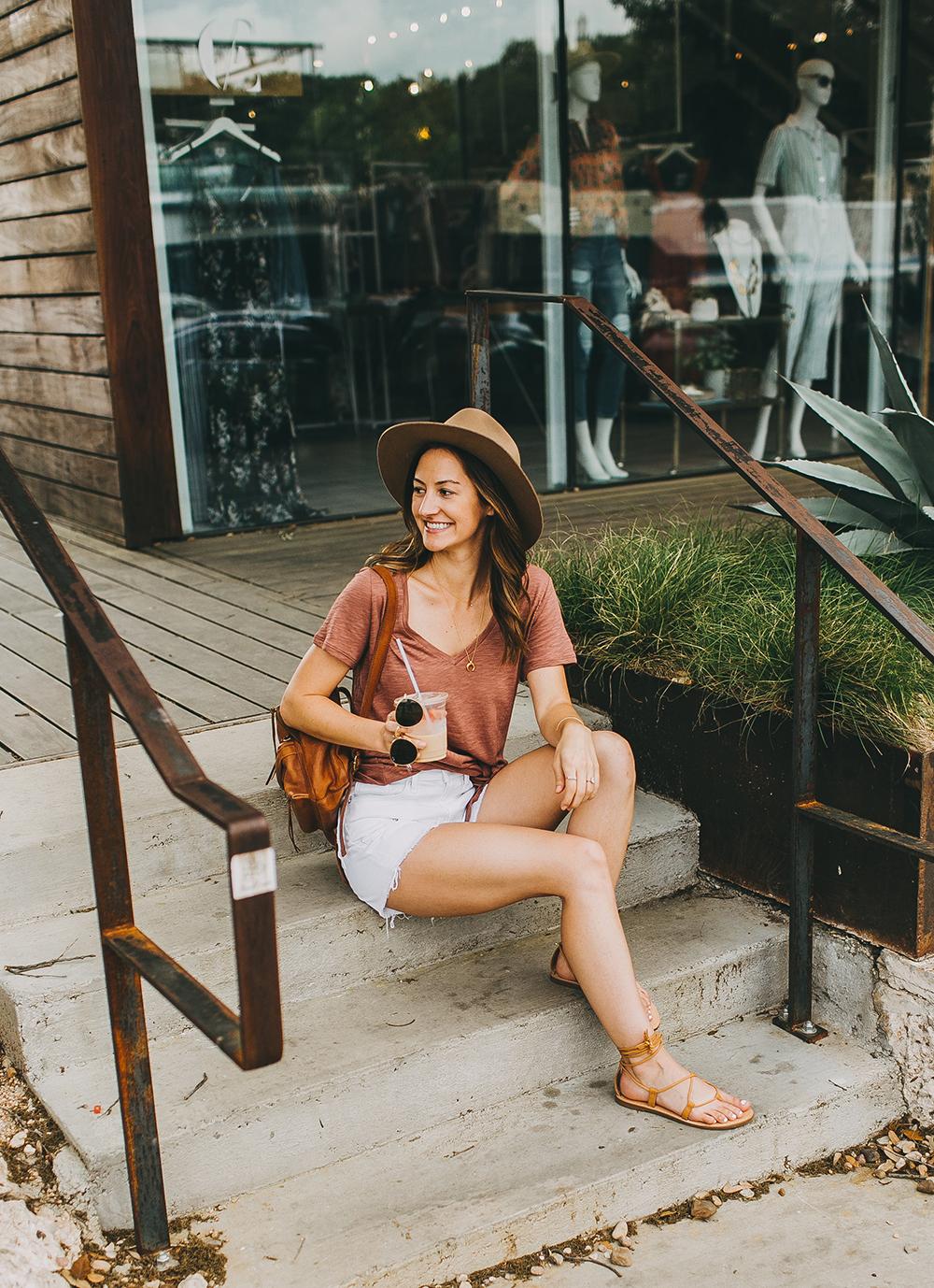 livvyland-blog-olivia-watson-express-one-eleven-knot-front-v-neck-tee-austin-texas-fashion-blogger-1