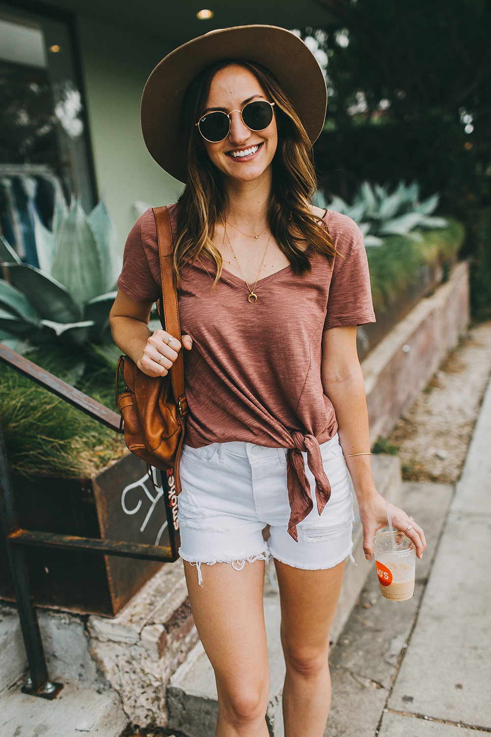 livvyland-blog-olivia-watson-express-one-eleven-knot-front-v-neck-tee-austin-texas-fashion-blogger-3
