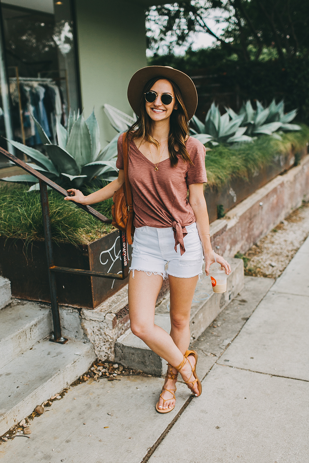 livvyland-blog-olivia-watson-express-one-eleven-knot-front-v-neck-tee-austin-texas-fashion-blogger-4