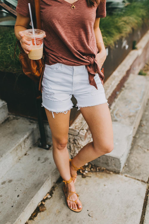 livvyland-blog-olivia-watson-express-one-eleven-knot-front-v-neck-tee-austin-texas-fashion-blogger-7
