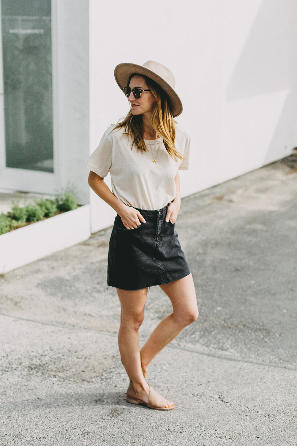 livvyland-blog-olivia-watson-austin-texas-fashion-lifestyle-blogger-black-denim-mini-skirt-urban-outfitters-boyfriend-tee-12