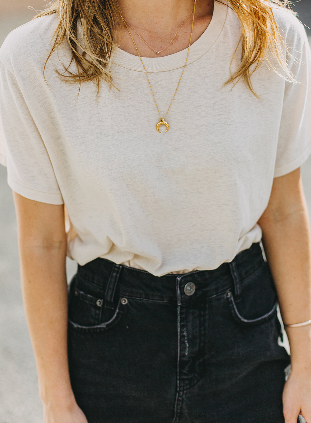 livvyland-blog-olivia-watson-austin-texas-fashion-lifestyle-blogger-black-denim-mini-skirt-urban-outfitters-boyfriend-tee-2