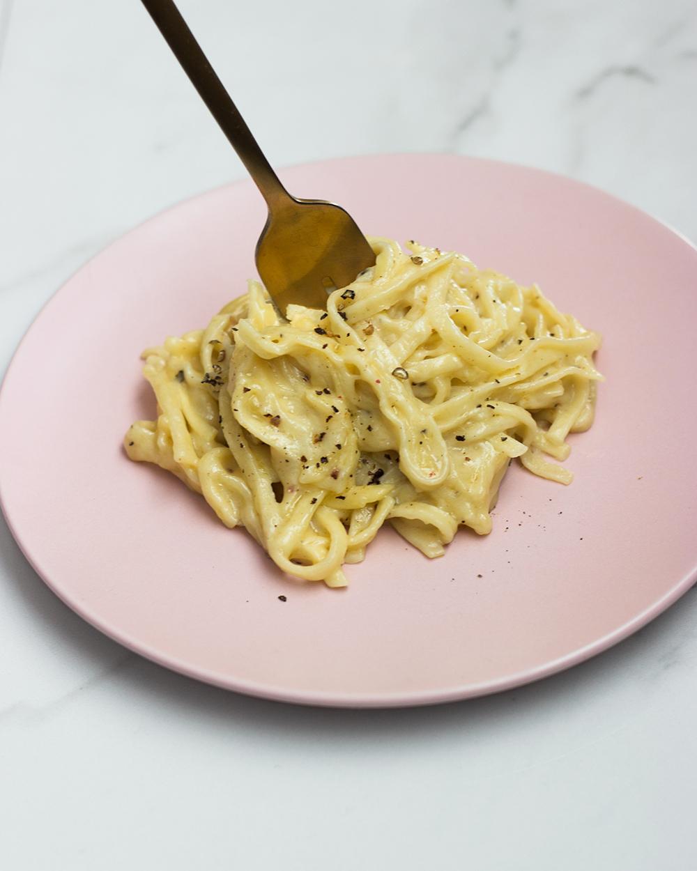 livvyland-blog-olivia-watson-austin-texas-lifestyle-blogger-summer-cacio-e-pepe-pasta-recipe-jessica-lee-1