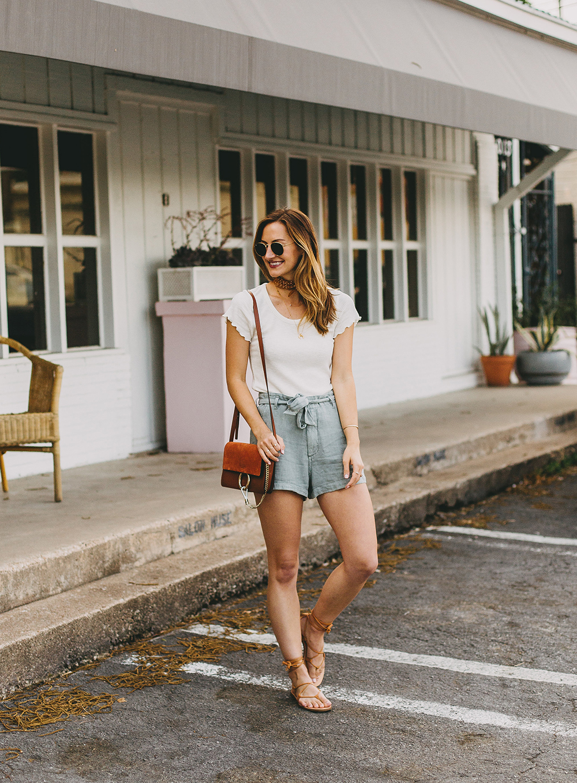 livvyland-blog-olivia-watson-austin-texas-style-blogger-abercrombie-linen-high-waist-tie-shorts-3