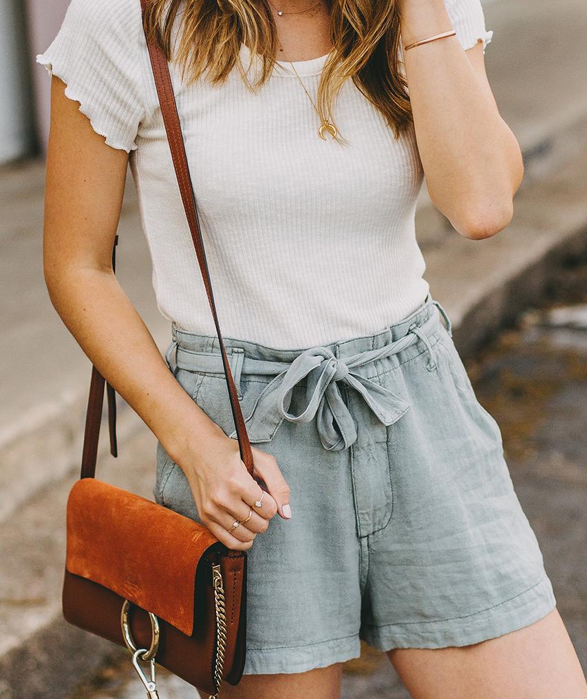 livvyland-blog-olivia-watson-austin-texas-style-blogger-abercrombie-linen-high-waist-tie-shorts-8