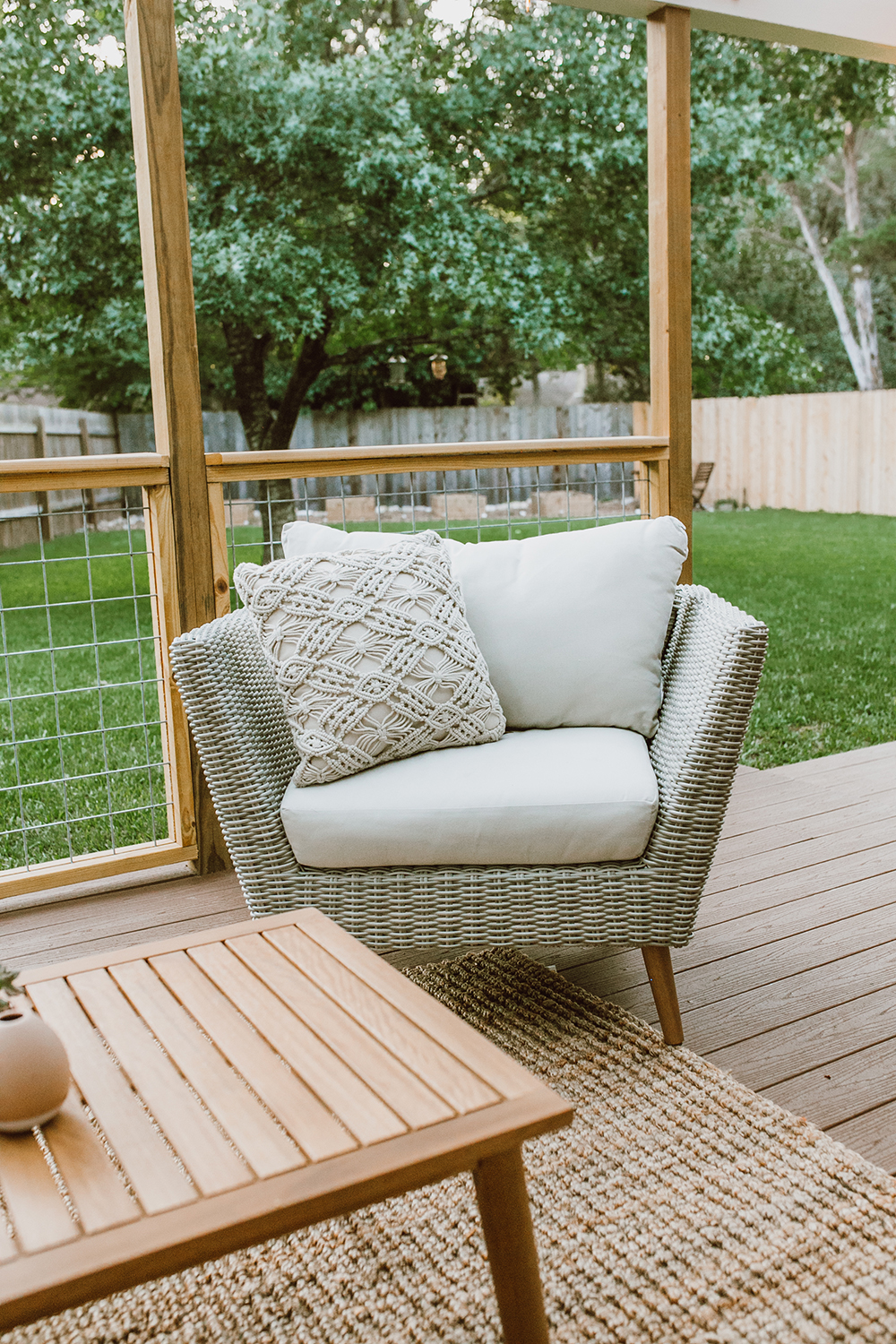 Tremendous Before After Our Patio Reveal Livvyland Austin Interior Design Ideas Gentotryabchikinfo
