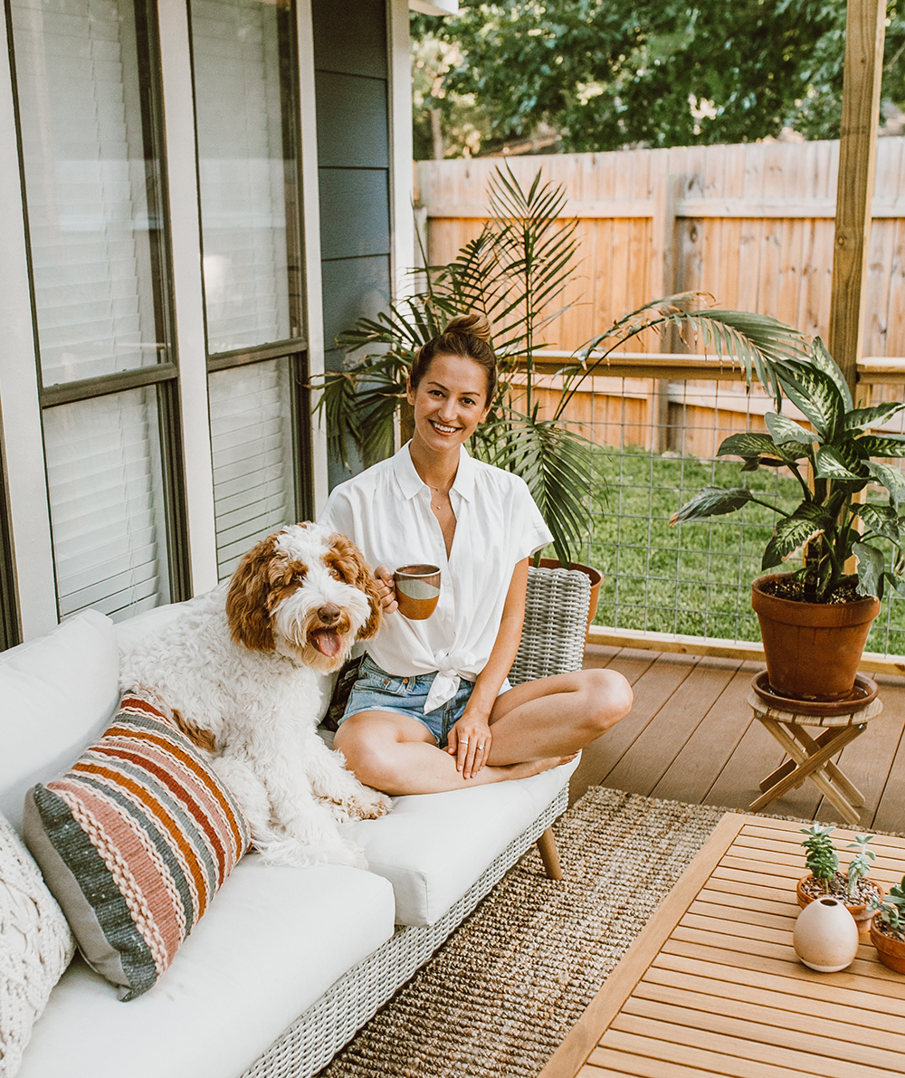 livvyland-blog-olivia-watson-before-after-outside-patio-renovation-reveal-furniture-austin-texas-lifestyle-blogger-7