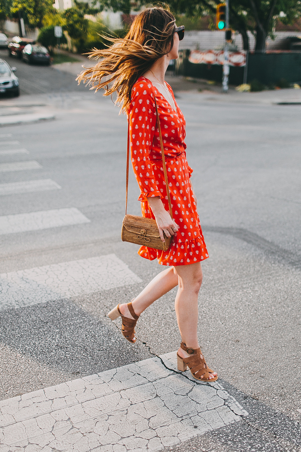 livvyland-blog-olivia-watson-sezane-wrap-dress-date-night-work-outfit-idea-poppy-red-olivia-watson-austin-texas-fashion-lifestyle-blogger-1