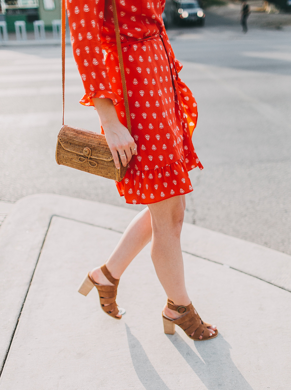 livvyland-blog-olivia-watson-sezane-wrap-dress-date-night-work-outfit-idea-poppy-red-olivia-watson-austin-texas-fashion-lifestyle-blogger-7