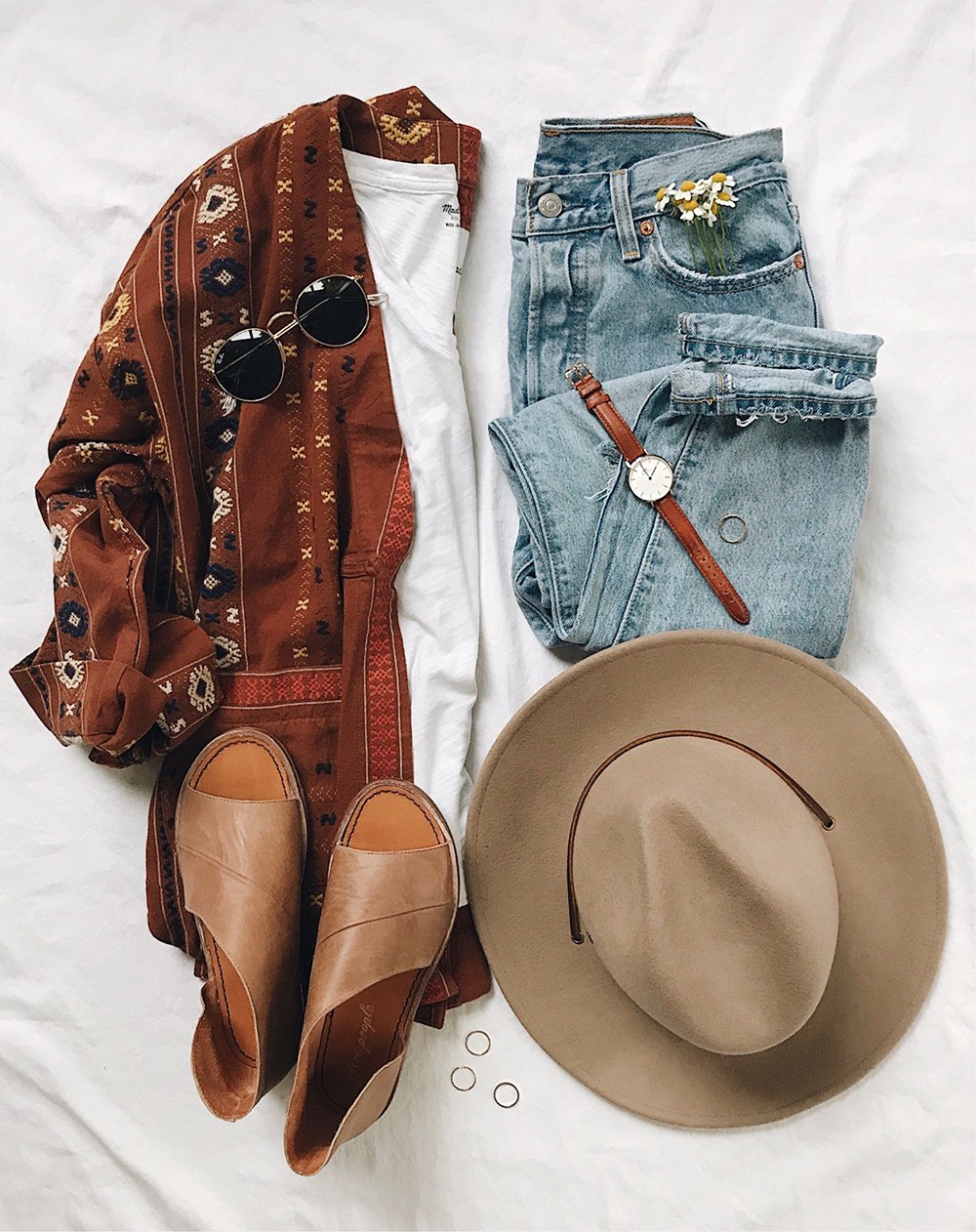 livvyland-blog-austin-texas-style-blogger-madewell-embroidered-kimono-free-people-mont-blanc-sandal-flats-outfit-idea