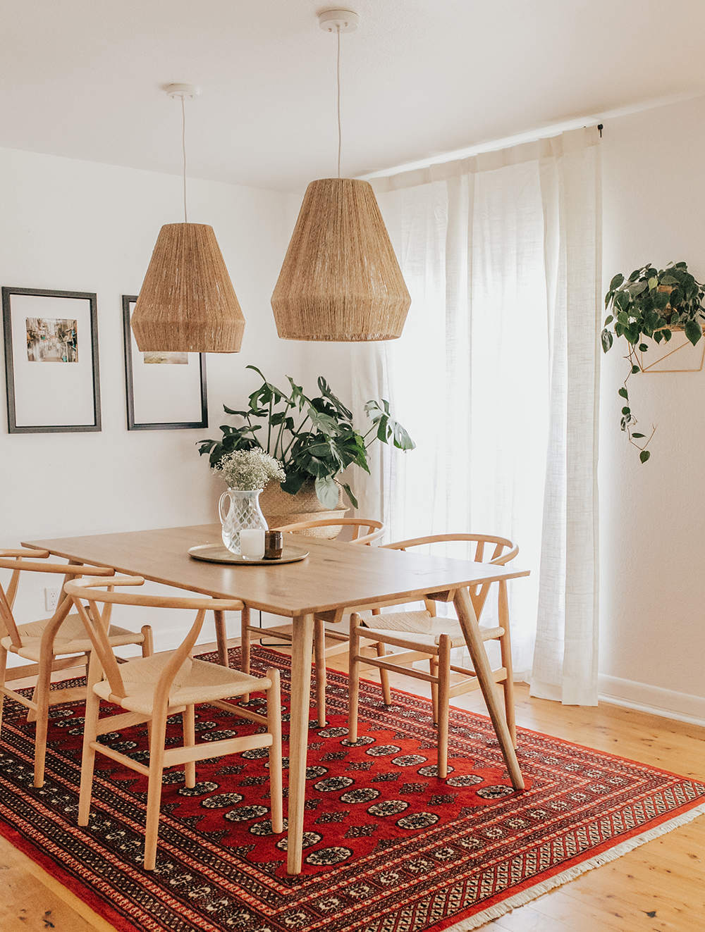 livvyland-blog-olivia-watson-austin-texas-lifestyle-blogger-modern-bohemian-bungalow-dining-room-kitchen-anthropologie-lights-2