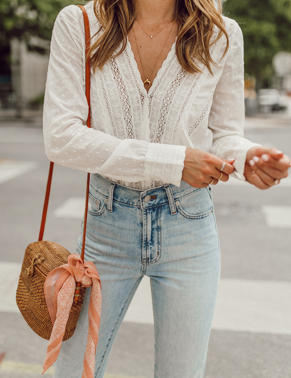 livvland-blog-olivia-watson-austin-texas-fashion-lifestyle-blogger-sezane-lace-deep-v-top-rattan-bag-madewell-summer-jeans-1