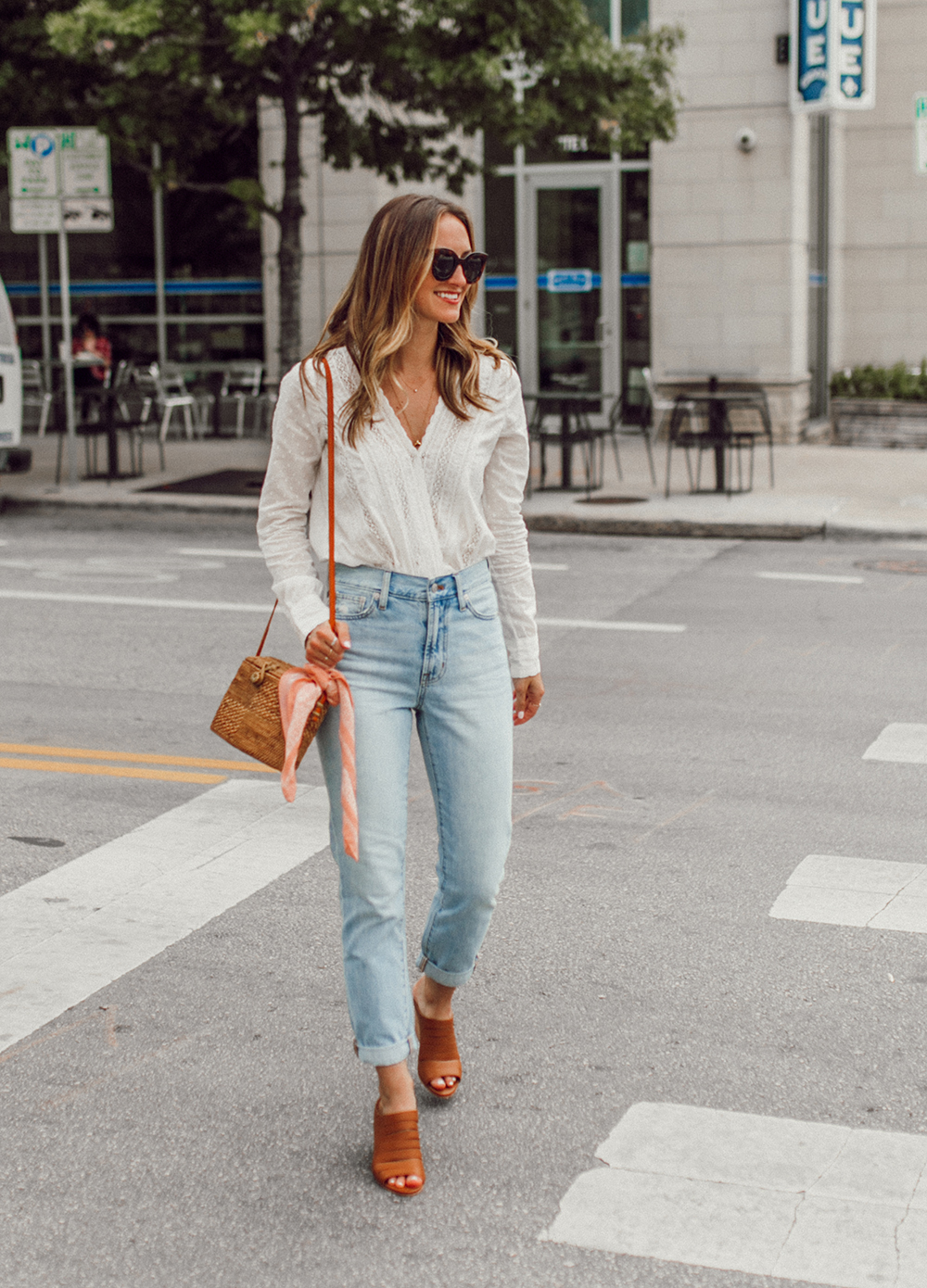livvland-blog-olivia-watson-austin-texas-fashion-lifestyle-blogger-sezane-lace-deep-v-top-rattan-bag-madewell-summer-jeans-3