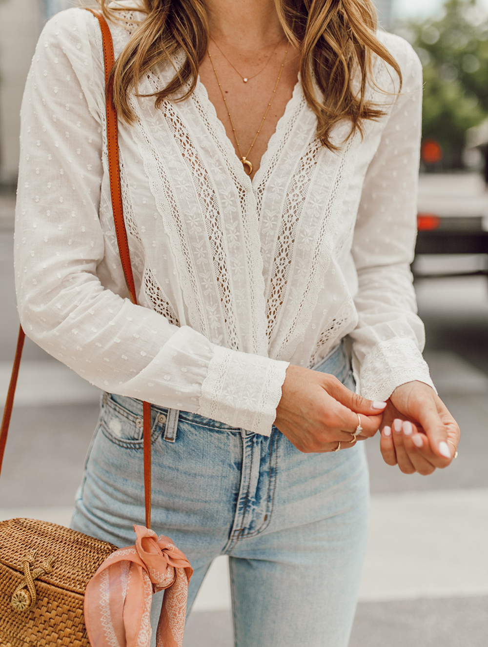 livvland-blog-olivia-watson-austin-texas-fashion-lifestyle-blogger-sezane-lace-deep-v-top-rattan-bag-madewell-summer-jeans-5