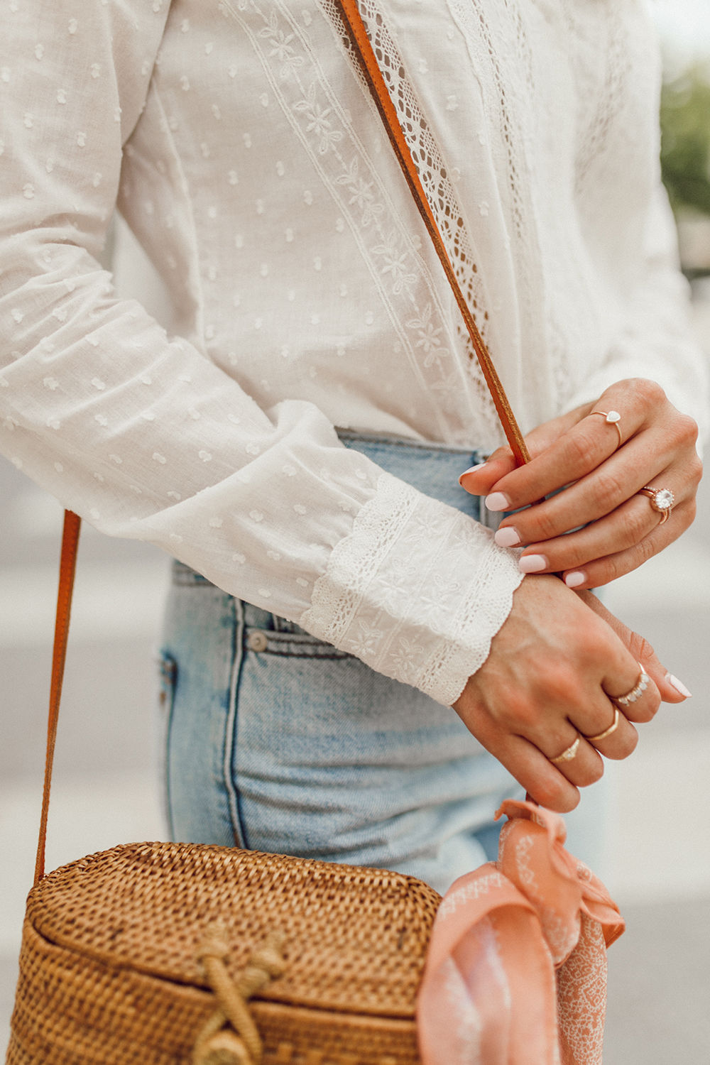 livvland-blog-olivia-watson-austin-texas-fashion-lifestyle-blogger-sezane-lace-deep-v-top-rattan-bag-madewell-summer-jeans-6