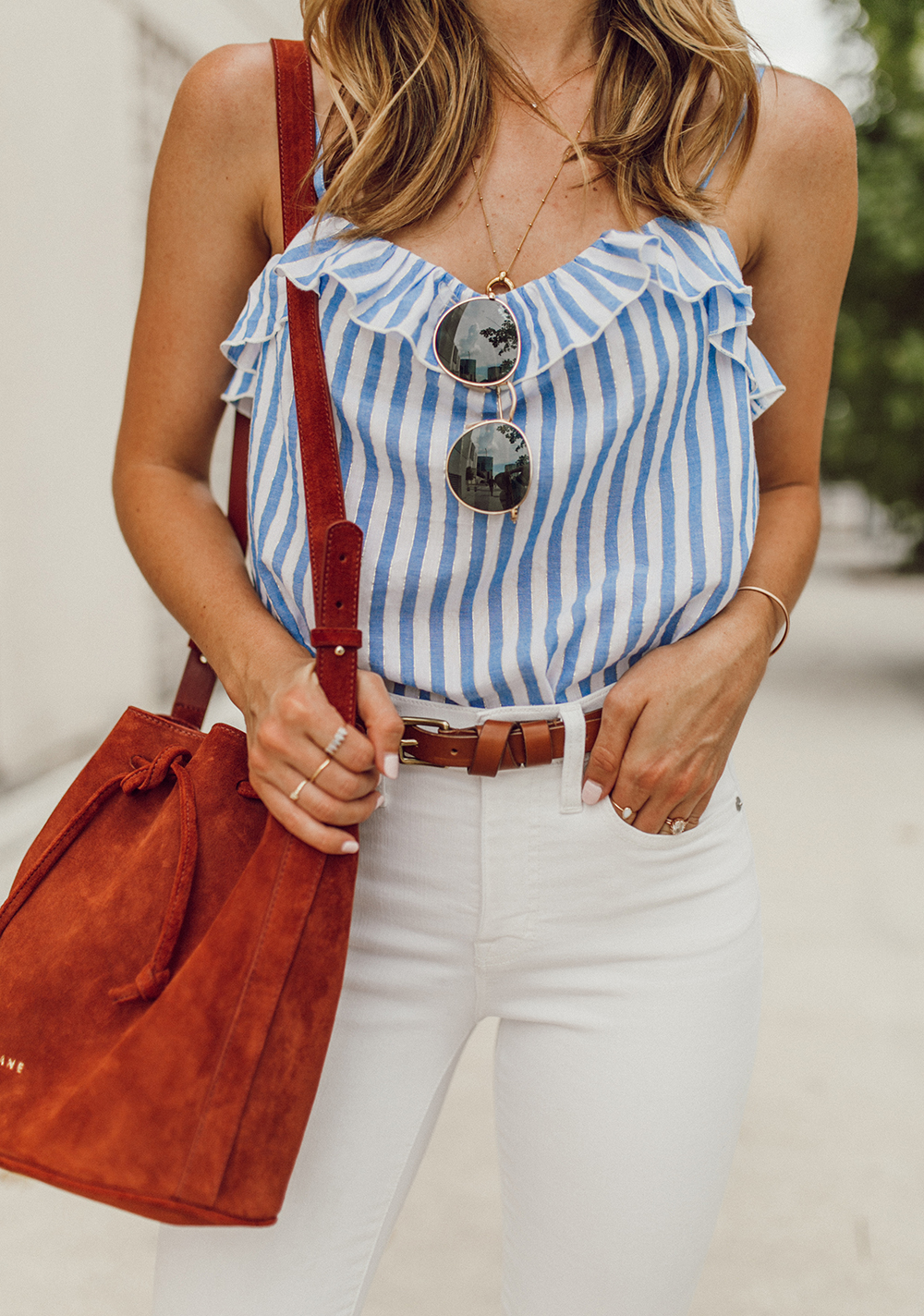 livvyland blog olivia watson austin texas fashion style blogger madewell white jeans sezane cyrille top 4th of july outfit idea 4 - Summer time Staple: White Denim
