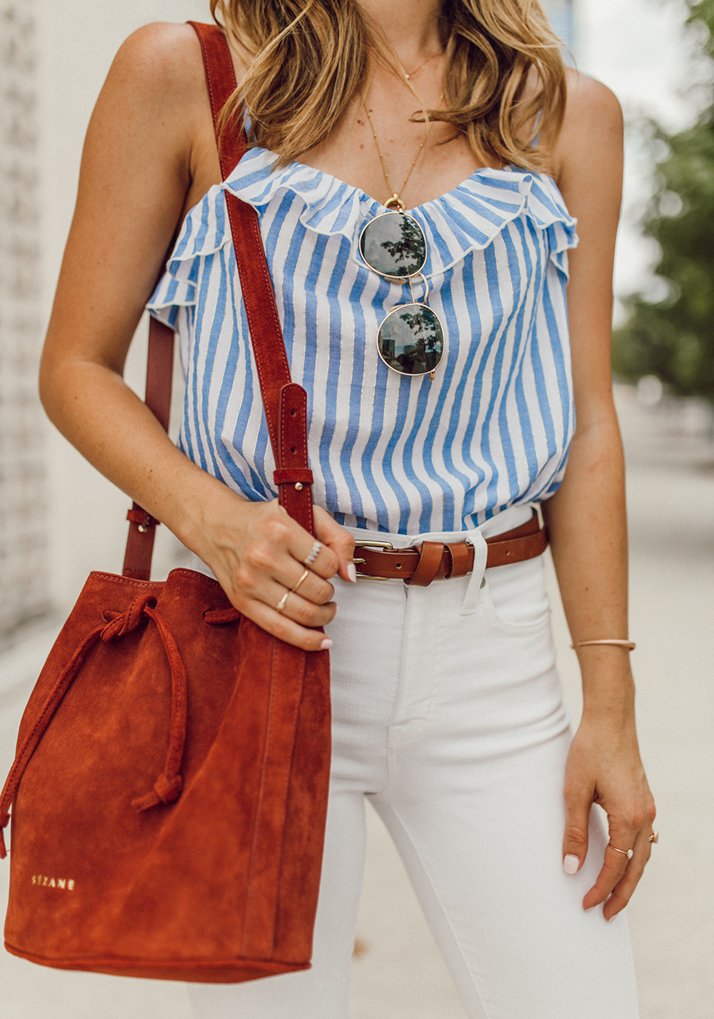 livvyland blog olivia watson austin texas fashion style blogger madewell white jeans sezane cyrille top 4th of july outfit idea 5 - Summer time Staple: White Denim
