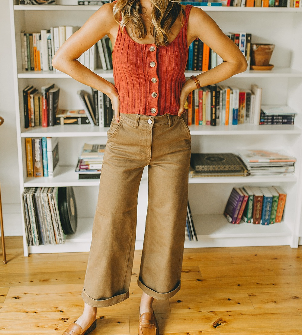livvyland-blog-olivia-watson-everlane-wide-leg-crop-pant-ribbed-button-up-sweater-tank-austin-style-lifestyle-blogger-madewell-loafer-mule-2