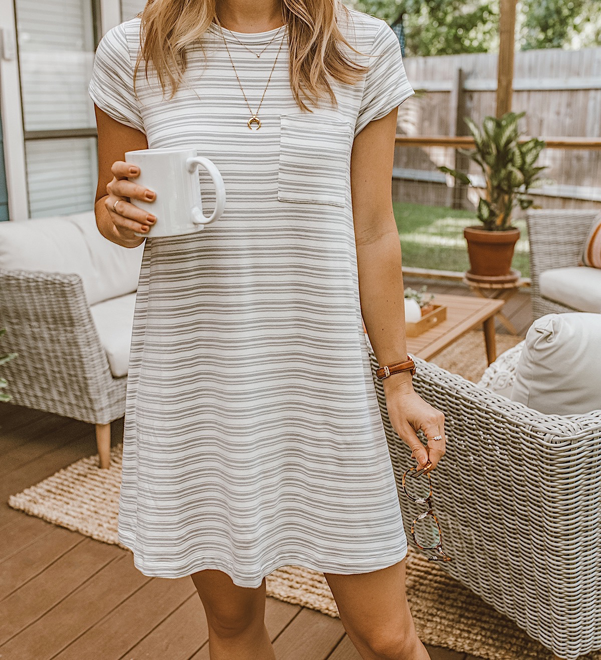 livvyland blog olivia watson lou and grey signaturesoft pocket tee striped dress cozy lounge wear 11 - My Completely satisfied Place