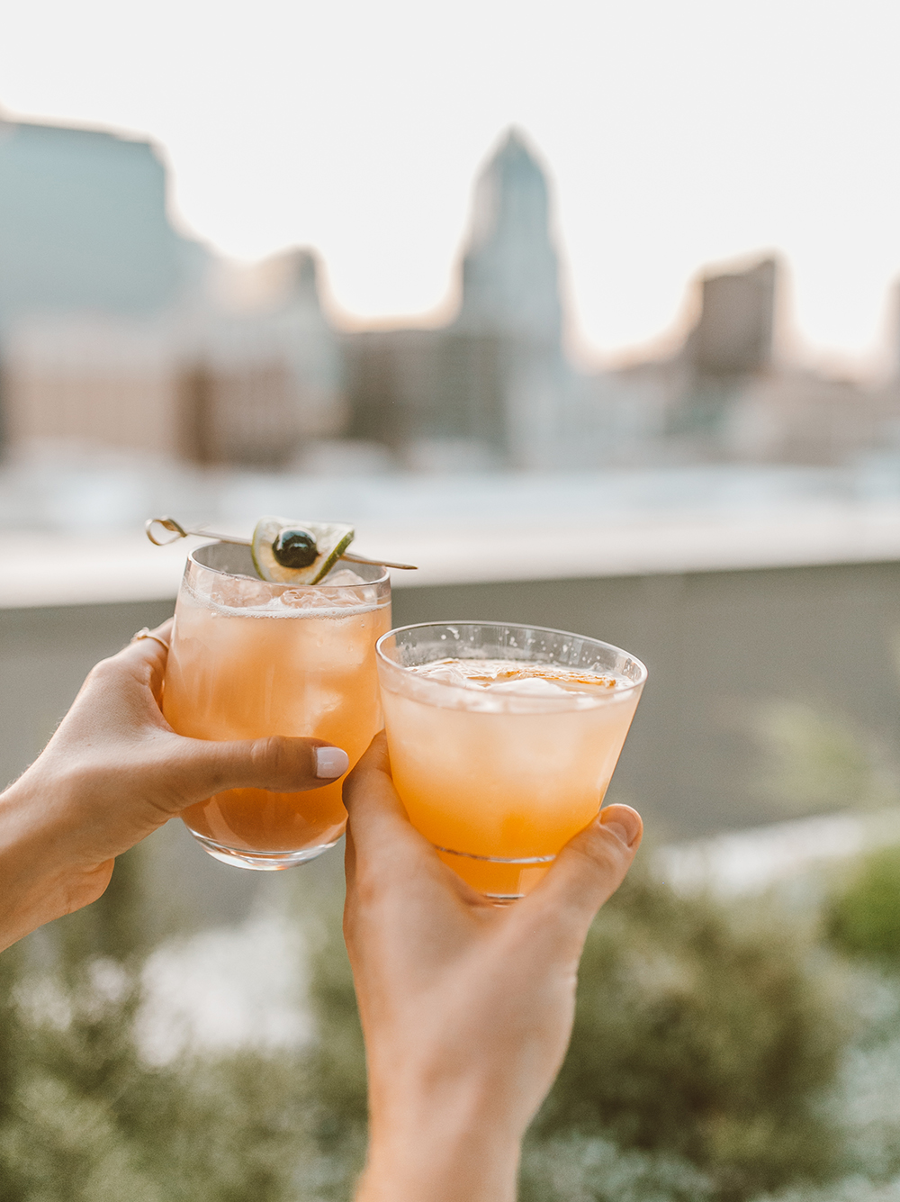livvyland-blog-olivia-watson-austin-texas-lifestyle-blogger-fairmont-hotel-atx-downtown-rooftop-pool-cocktail