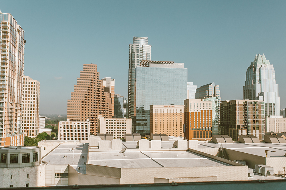 livvyland-blog-olivia-watson-austin-texas-lifestyle-blogger-fairmont-hotel-atx-downtown-skyline-view-pool