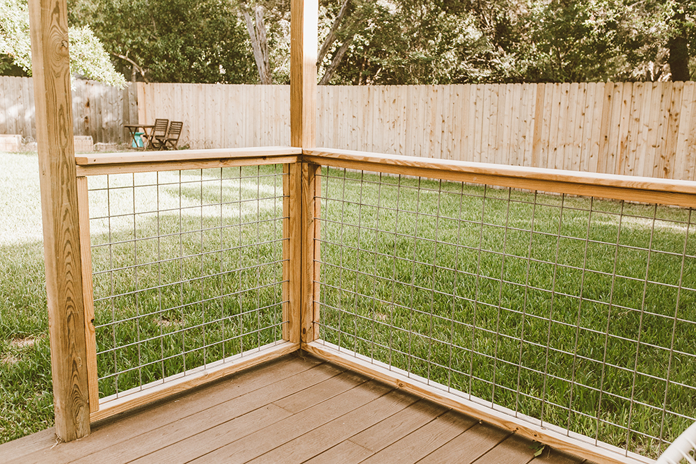 livvyland-blog-olivia-watson-austin-texas-outdoor-patio-renovation-chicken-wire-fence