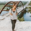 livvyland-blog-olivia-watson-backcountry-free-people-take-me-tee-fjallraven-kanken-mini-green-backpack-360-overlook-bridge-5